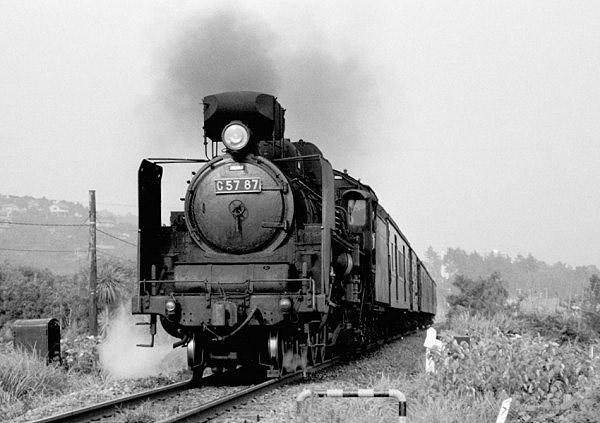 福知山線 梨列車を牽引する
